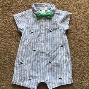 Crown&ivy baby seersucker shortall with bow tie